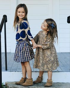 the sweetest little sisters in the most adorable Fall outfits from @pinkchickenny