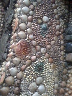 shell grotto Margate Uk, Mosaic Homes, Grotto Pool, Shell House, Shell Chandelier, Beach Items, Mermaid Shell, Life Aquatic, Shell Beach
