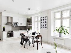 ★ monochrome theme apartment in Gothenburg ★