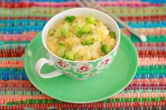 Broccoli and Cheddar Rice Bowl - Did you even know you could cook rice in the microwave??? Not only rice but whole Mug Meals.
