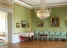 Slott Sturehov gröna salongen, 2011.jpg