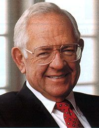 Dave Thomas AKA Rex David Thomas  Born: 2-Jul-1932 Birthplace: Atlantic City, NJ Died: 8-Jan-2002 Location of death: Ft. Lauderdale, FL Cause of death: Cancer - Liver Remains: Buried, Union Cemetery, Columbus, OH  Gender: Male Religion: Born-Again Christian Race or Ethnicity: White Sexual orientation: Straight Occupation: Business Party Affiliation: Republican  Nationality: United States Executive summary: Founder of Wendys Hamburgers
