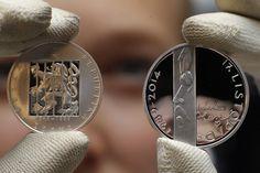 Pamětní mince k 25. výročí sametové revoluce. Rings For Men, Jewelry, Pictures, Men Rings, Jewlery, Jewerly, Schmuck, Jewels, Jewelery