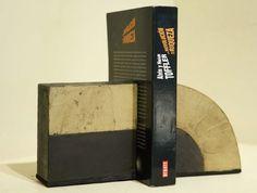 Personalizá tu Biblioteca con Diseño Argentino : Prensa Libros (cemento), Colores: Chocolate/Blanco - Chocolate/Piedra - Chocolate/Verde - Chocolate/Lacre | concretoarttigre