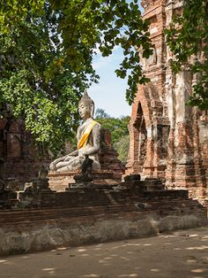 Thailand in Two Weeks: A 14 Day Itinerary Across Land and Sea » Sher She Goes