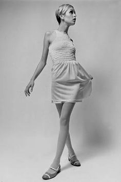 Vintage Glamour Girls: Twiggy Jean Shrimpton, Twiggy, Vintage Glamour, Style Icons, Shoulder Dress, Top Models, My Style, Girls
