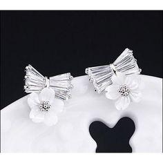 158d480af2 Top minőségű koreai stílusú bájos virág alakú női divat fülbevaló