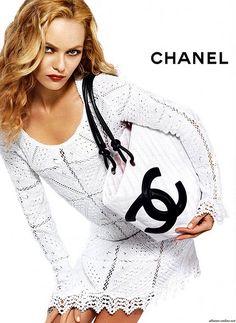 ? ? ... #inspiration #crochet #knit #diy #DIY Skirts #handmade skirt #skirt scaft #skirt tutorial| http://diy-skirts.lemoncoin.org