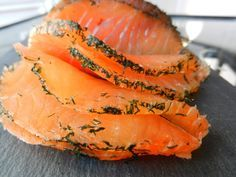 Getrockneter Lachs - C Gourmet-Geheimnisse - cuisine d'hiver - Salty Foods, Fast Food, Charcuterie, Fish And Seafood, Cooking Time, Wine Recipes, Food Videos, Tapas, Vegetarian Recipes