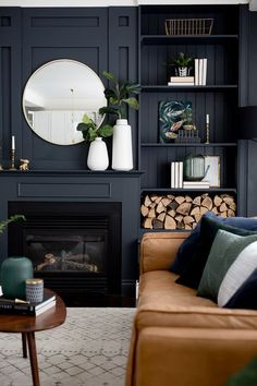 Living Room Makeover - Interior Decor and Designing Navy Living Rooms, Accent Walls In Living Room, New Living Room, Living Room Interior, Dark Blue Living Room, Cream And Black Living Room, Living Room Decor Blue, Dark Blue Lounge, Small Living