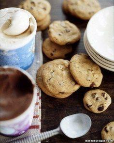 Chunky Peanut, Chocolate, and Cinnamon Cookies Recipe