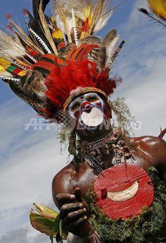 2007年8月18日、第46回「シンシン(Singsing)」に参加するAudula Wariの兵士。(c)AFP/Torsten BLACKWOOD ▼19Aug2007AFP|パプアニューギニアの全民族が集合 http://www.afpbb.com/articles/-/2269382 #Singsing #Audula_Wari