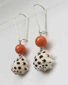 Drupe shell earrings