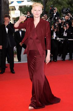 """tilda swinton red carpet   Tilda Swinton Red carpet premiere of """"Up"""" at the 62nd Annual Cannes ..."""