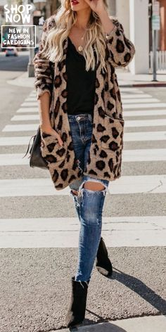 Women's Casual Pure Color Leopard Print Long Sleeve Cardigan – Fashion outfits Cardigan Casual, Cardigan Fashion, Fashion Mode, Look Fashion, Womens Fashion, Fashion Fall, Fashion Brands, Mode Outfits, Casual Outfits