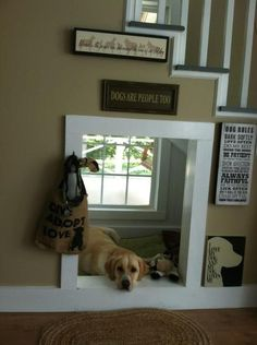 Top 10 Interesting Design Ideas for Pet Spaces - Top Inspired indoor dog house under stairs. I love how bright and sunny that area is! Home Design, Design Design, Design Maker, Attic Design, Design Styles, Design Concepts, Casa Clean, Dog Rooms, Dog Play Room
