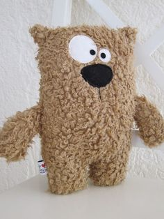 ♥ - a designer product from KuschelICH at . - Cuddly toys – ♥ … Kuschelbär … ♥ – a unique product by KuschelICH on DaWanda - Crochet Teddy, Crochet Bear, Crochet Toys, Sewing Stuffed Animals, Stuffed Toys Patterns, Sewing Projects For Kids, Sewing Crafts, Sewing Ideas, Softies