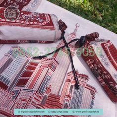 Sajadah Batik - Untuk info lebih lengkap bisa langsung menghubungi kami melalui WA : +62 852-2765-5050 #oleholehhajiumroh #jualsouvenirumroh #sajadahwarna #travelumroh #weddingsouvenir #souvenirpengajian #sajadahlipat #souveniraqiqahbayi #souvenirpengajianpernikahan #souvenirwisudasidoarjo #jualmukenamurah #sajadahpraktis #mukena #sajadahanak #souvenirhajimurah #souvenirulangtahun #souvenirpengajian4bulan #sajadahlembut #souvenirwisudamakassar #souvneirulangtahununik Batik Solo, Pouch, Photo And Video, Mini, Gifts, Travelling, Instagram, Souvenir, Presents