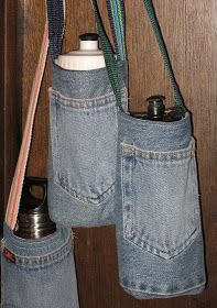 Pickin' and Throwin': Water Bottle Holder/Carrier Sewing Pattern Pickin & # und Throwin: Wasserflaschenhalter / Träger-Schnittmuster Water Bottle Carrier, Water Bottle Holders, Bottle Bag, Water Bottles, Water Bottle Crafts, Plastic Bottle, Jean Crafts, Denim Crafts, Artisanats Denim