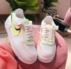 Nike Shoes Air Force, New Nike Air Force, Air Force Sneakers, Air Force 1, Nike Air Max, Jordan Shoes Girls, Girls Shoes, Trendy Shoes, Casual Shoes