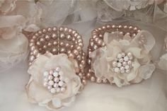 cute for the mothers of the bride and groom to wear. :)