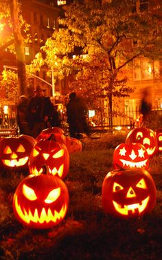 Halloween - brings out the eternal excited child in all of us.. ❤