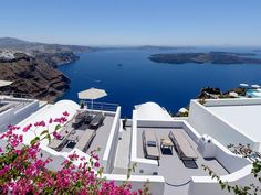 Krokos Villas 4 Stars luxury hotel studios in Imerovigli Offers Reviews