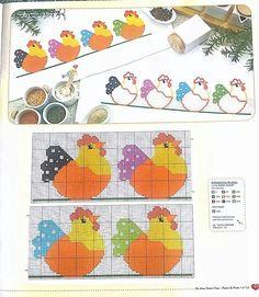 C Rooster Cross Stitch, Chicken Cross Stitch, Cross Stitch Kitchen, Ribbon Embroidery, Cross Stitch Embroidery, Embroidery Patterns, Cross Stitch Designs, Cross Stitch Patterns, Anchor Pattern