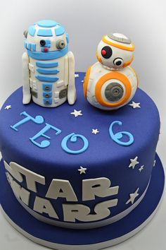 La tarta de Star Wars Star Wars Party, Theme Star Wars, Star Wars Birthday Cake, Bb8 Cake, R2d2 Cake, Aniversario Star Wars, Star Wars Cake Toppers, Sugar Craft, Novelty Cakes