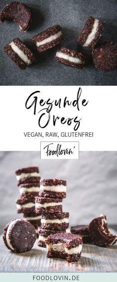 Gesunde Oreos aus Datteln und Cashews, die wie roher Keksteig schmecken - glutenfrei und vegan.