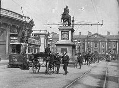 TRAM: Dublin, King Billy1.jpg