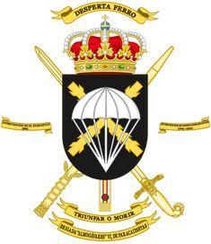 Brigada «Almogávares» VI de Paracaidistas - Wikipedia, la enciclopedia libre Army History, Banner, Military Insignia, Mystery Of History, Female Soldier, Family Crest, Coat Of Arms, Thor, Spanish