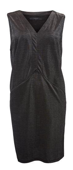 JC Jeans Company, 4. krs. Minimum Rosie dress 65 €. Upeasti laskeutuva, metallinhohtoinen mekko.