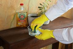 25 Murphy's Oil Soap Hacks Deep Cleaning Tips, Household Cleaning Tips, Cleaning Recipes, House Cleaning Tips, Natural Cleaning Products, Cleaning Hacks, Cleaning Solutions, Cleaning Checklist, Iron Cleaning