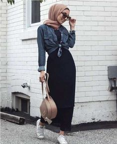 black maxi dress-Casual hijab summer looks – Just Trendy Girls