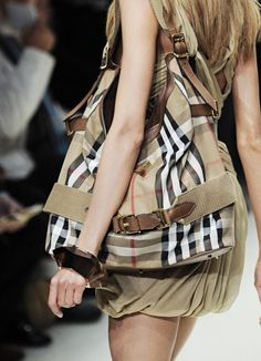 Burberry Fashion Show & more details
