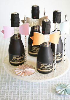 12 Cute & Fun Ideas for a Hen Party   weddingsonline  