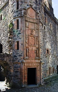 Carved heraldic on Huntly Castle, Aberdeenshire, Scotland, constructed late 15th century, on earlier burned ruins with wings added in the 16th and 17th centuries. The entire site is a ruin now.
