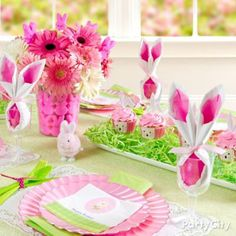 A sweet spring table for every-bunny!