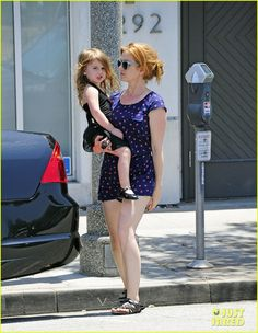 Isla Fisher and her daughter Elula