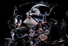 Michelle Pfeiffer as Catwoman Comic Movies, Superhero Movies, Comic Book Characters, Comic Character, Catwoman Comic, Catwoman Cosplay, Batgirl, Catwoman Selina Kyle, Batman Tv Series