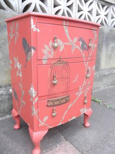Vintage Bow Front Nightstand/Bedside Table by PhewFurniture Diy Furniture Projects, Recycled Furniture, Furniture Makeover, Cool Furniture, Wallpaper Furniture, Furniture Refinishing, Painted Bedside Tables, Decoupage, Hand Painted Furniture