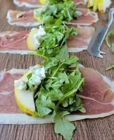 She Eats - Deliciously Simple Prosciutto Arugula Salad Rolls. A tasty and easy appetizer or side at your next Spring BBQ or dinner party. Clean Eating Snacks, Healthy Snacks, Healthy Eating, Healthy Recipes, Dinner Healthy, Tasty, Yummy Food, Soup And Salad, Appetizer Recipes