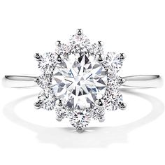 http://www.modwedding.com/2014/10/31/gorgeous-engagement-rings-style-savvy-bride/ #wedding #weddings #engagement_ring