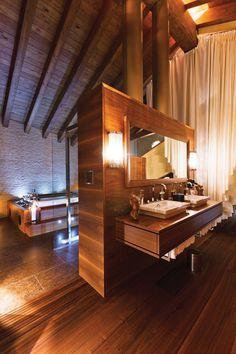 Bathroom at Zermatt Peak villa, Switzerland http://www.luxuryretreats.com/destinations/europe/switzerland/swiss-alps/zermatt/zermatt-peak-114756