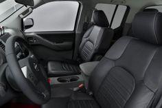 interior 2015 Nissan Frontier Diesel Runner