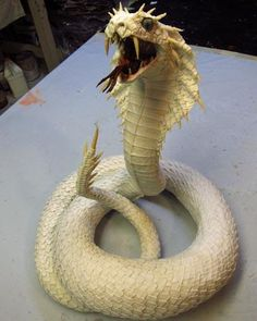 Paper Mache Naga- Dragon Queen of Snakes-finished sculpting Paper Mache Projects, Paper Mache Clay, Paper Mache Crafts, Art Projects, Cardboard Sculpture, Paper Mache Sculpture, Paper Mache Animals, Paperclay, Dragons