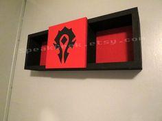 world-of-warcraft-horde-shelf-speakgeek-geek-decor-7