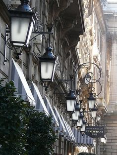 Paris Lanternes by Claudius Dorenrof  | Flickr - Photo Sharing!