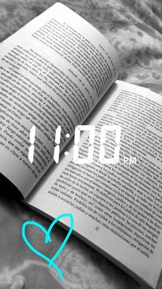Leer Foto Instagram, Instagram And Snapchat, Aesthetic Videos, Aesthetic Pictures, Snap Streak, Trill Art, Snapchat Streak, Snapchat Stories, Boyfriend Goals
